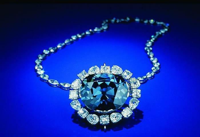 钻石起源可能来自于比此前认为更深的地幔中