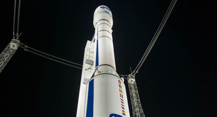 """载有53颗小型卫星的""""织女星""""运载火箭发射因天气原因再次推迟"""