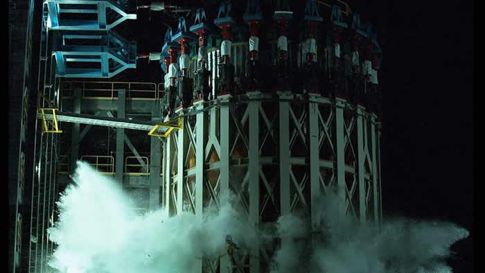 """美国宇航局针对""""阿尔忒弥斯""""登月任务 完成太空发射系统(SLS)火箭的结构测试过程"""