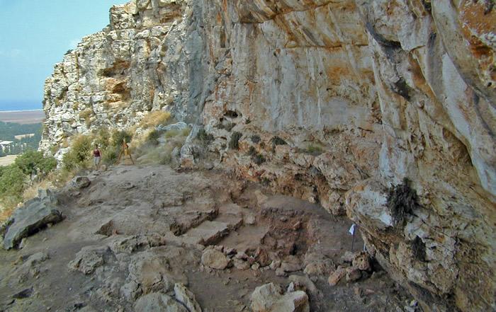 《人类进化杂志》:以色列新研究认为人类有可能在20万年前的冰河时期走出非洲