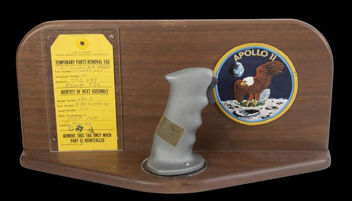 朱利安拍卖行将拍卖三件阿波罗11号历史文物