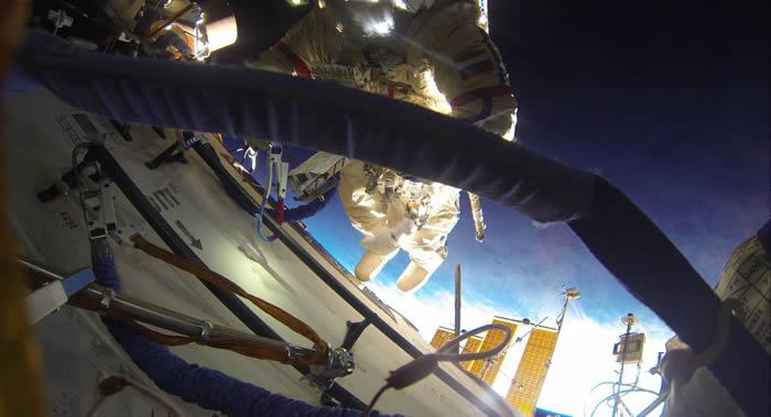 2023年进行太空行走的第一位太空游客将可能在国际空间站舱外停留90-100分钟