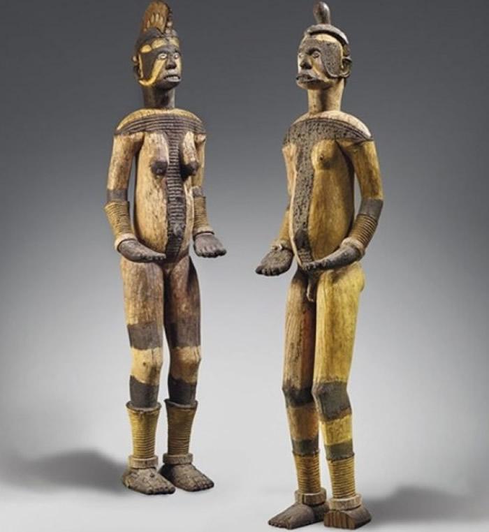 英国佳士得在法国巴黎拍卖尼日利亚神圣雕像 艺术家指盗窃得来促取消