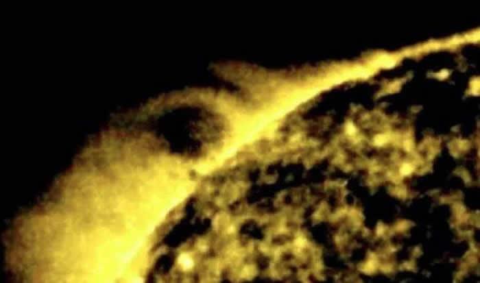 UFO猎人Scott C Waring宣称在太阳上找到外星人存在的证据