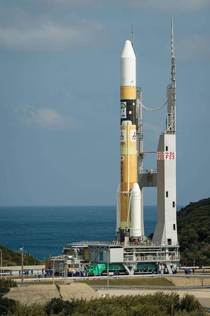 阿联酋希望号火星探测器在日本种子岛航天中心使用H-2A运载火箭发射升空
