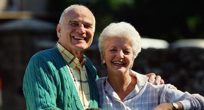 科学家研究表明人的寿命不取决于大脑和心脏 直接取决于肠道状况