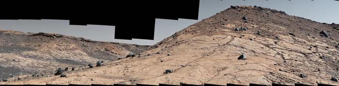 """美国宇航局发布火星新景象 以""""意大利式西部片""""视角庆祝""""好奇号""""登陆火星八周年"""