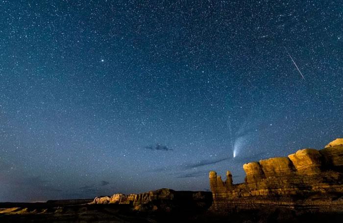 摩羯座Alpha流星雨和宝瓶座Delta流星雨正迎来极大期