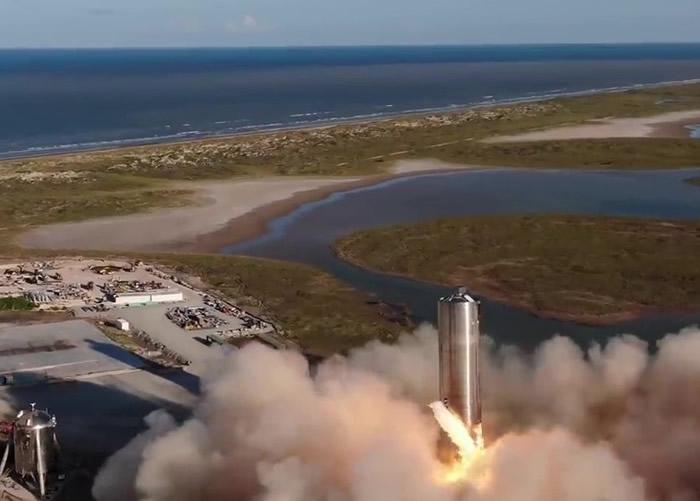 """美国SpaceX被称为""""飞天巨桶""""的测试火箭SN-5弹射成功 未来或用于登陆火星"""