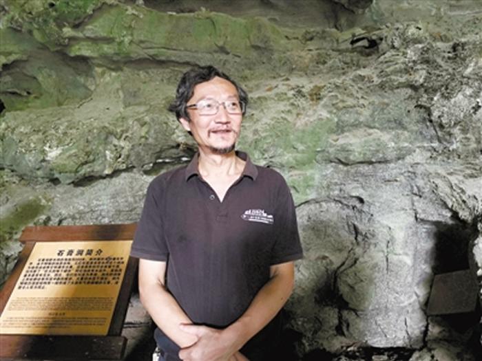 """探秘洞穴世界 李坡当了30多年""""先遣队员"""""""