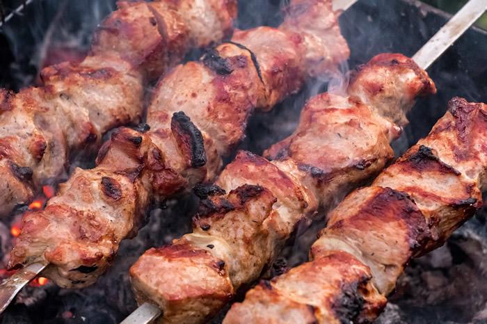 食用红肉的健康风险已经深入人心 改变烹饪方式可能会有帮助
