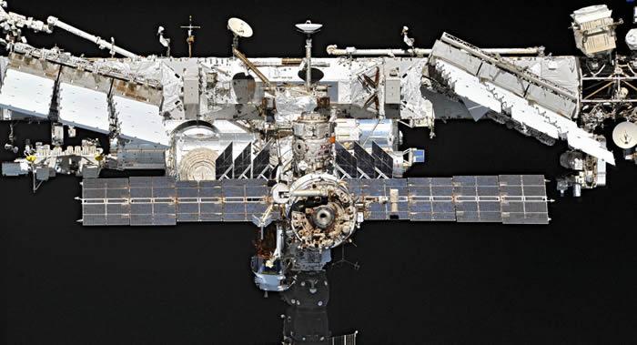 """国际空间站轨道高度在""""联盟""""号载人飞船抵达前将于9月10日升高800米"""