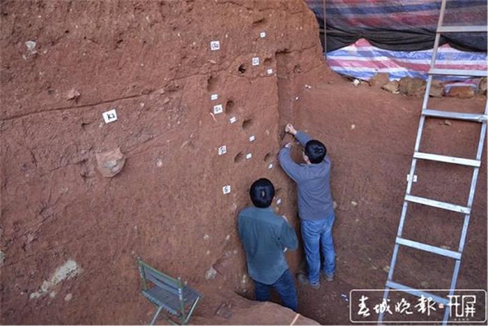 云南省大理州鹤庆龙潭遗址考古发掘出土5725件旧石器时代石制品