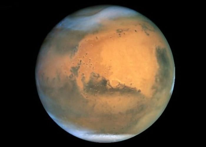 最新研究指再发现火星表面下隐藏至少3个地下湖泊