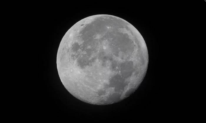 NASA将分享红外天文学平流层天文台(SOFIA)的月球新发现