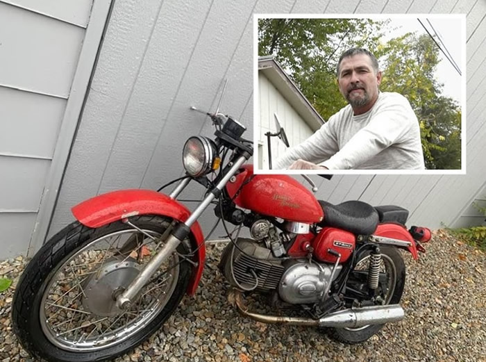 """奇闻:美国蒙大拿州男子被盗4年的红色哈雷摩托车""""自行回家"""""""