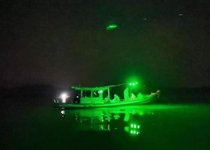 有人指绿光可能来自缅甸渔船。