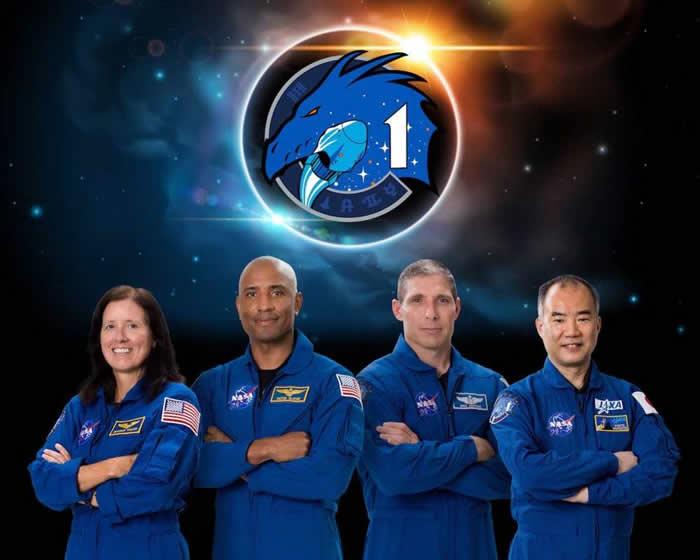 "SpaceX的Crew Dragon太空舱""Resilience""正在准备发射"