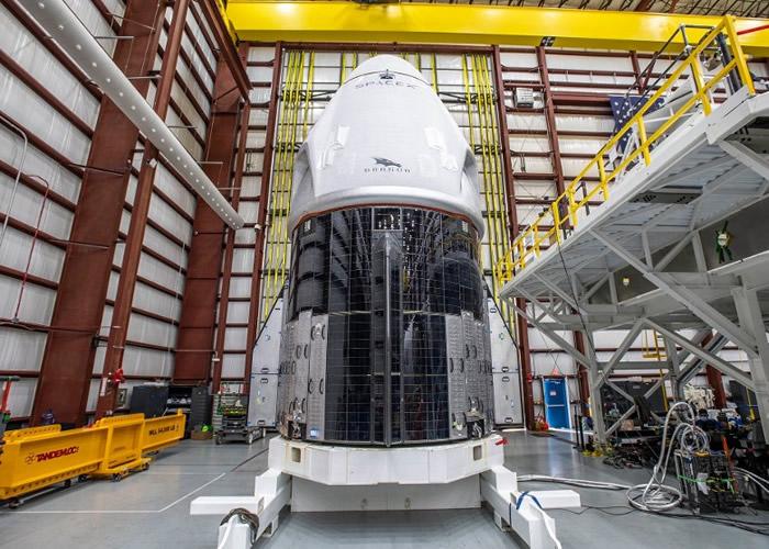 SpaceX首次商业载人火箭发射 4名宇航员抵达肯尼迪太空中心作最后准备
