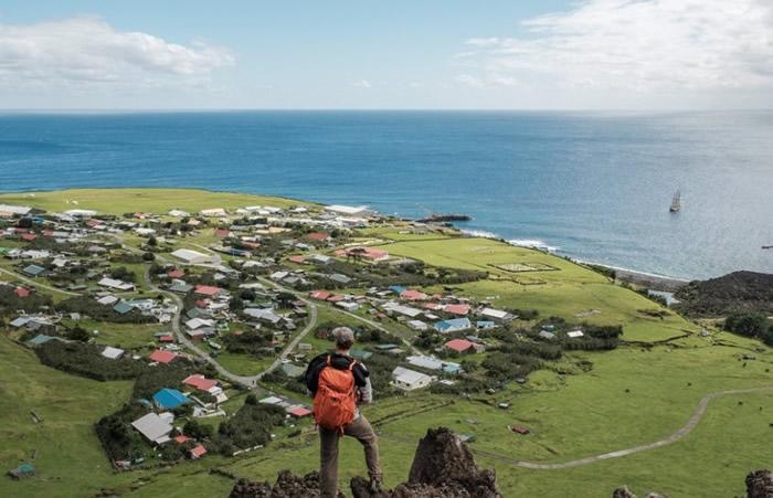 英国垂斯坦昆哈岛海域计划打造海洋生物保护区 保护跳岩企鹅和黄鼻信天翁