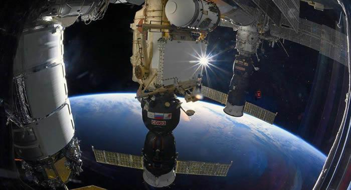"""俄罗斯可能在2021年12月8日派遣""""联盟""""号飞船向国际空间站运送第一批旅客"""