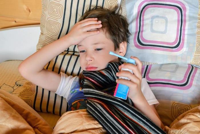 研究发现2岁以下儿童使用抗生素与过敏症和肥胖症存在关联