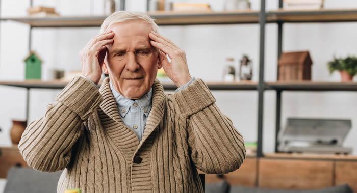 《医学快报》杂志:焦虑加剧的老年人患阿尔茨海默氏病的风险较大
