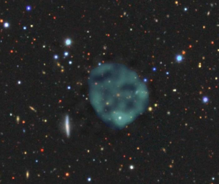 """天文学家发现太空深处出现一种全新奇怪环形天体""""奇特射电圈""""(ORCs)"""