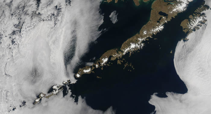 美国地质学家和火山学家团队发现阿留申群岛一小群火山实际上是一大型海底火山一部分