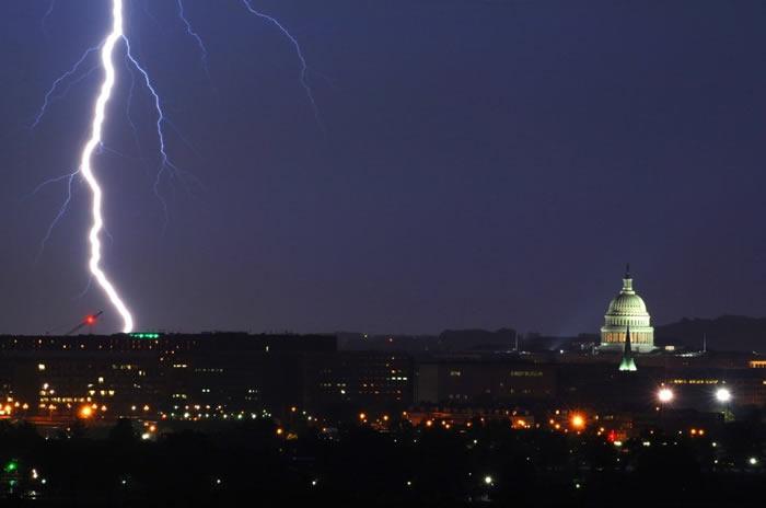 2020年美国遭遇近2亿次闪电 得克萨斯州3300万次位居各州首位