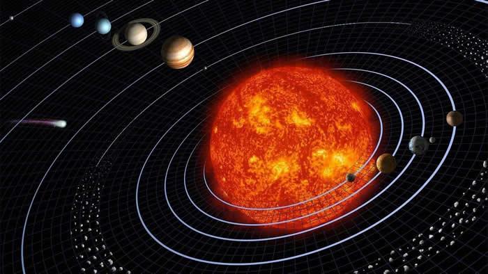 太阳系中最大的两颗行星--土星和木星将跟水星一起在夜空中相互靠近
