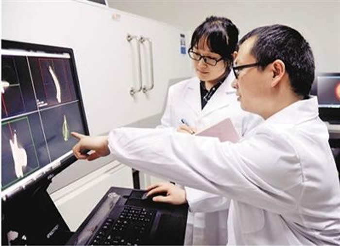 人民日报:从事古生物研究十多年,中科院南京地质古生物研究所研究员殷宗军