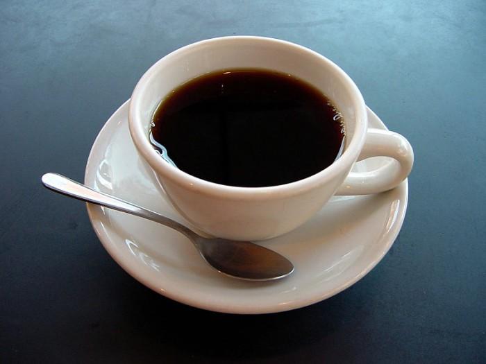 《大脑皮层》杂志:巴塞尔大学科学家发现经常喝咖啡会让大脑灰质发生变化