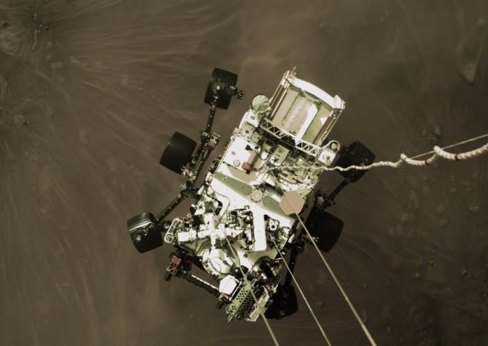 """NASA分享新图像展现""""毅力号""""着陆火星经历的""""恐怖七分钟"""""""
