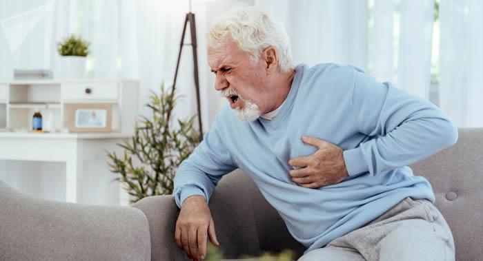《医学快报》网站:英国雷丁大学科学家研究指高脂饮食会诱发心脏病