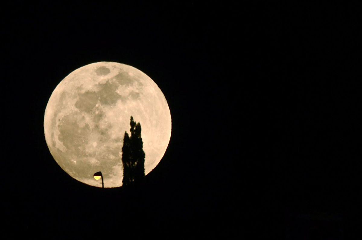 2021年4月27日大满月