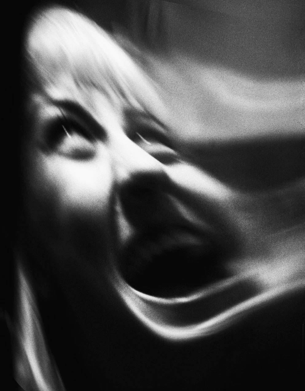 人类的尖叫至少能传达六种情绪::痛苦、愤怒、恐惧、喜悦、热情和悲伤