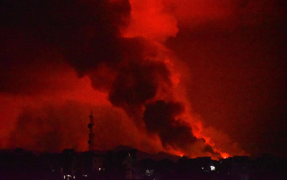 全球最活跃活火山!刚果民主共和国东部的尼拉贡戈火山喷发