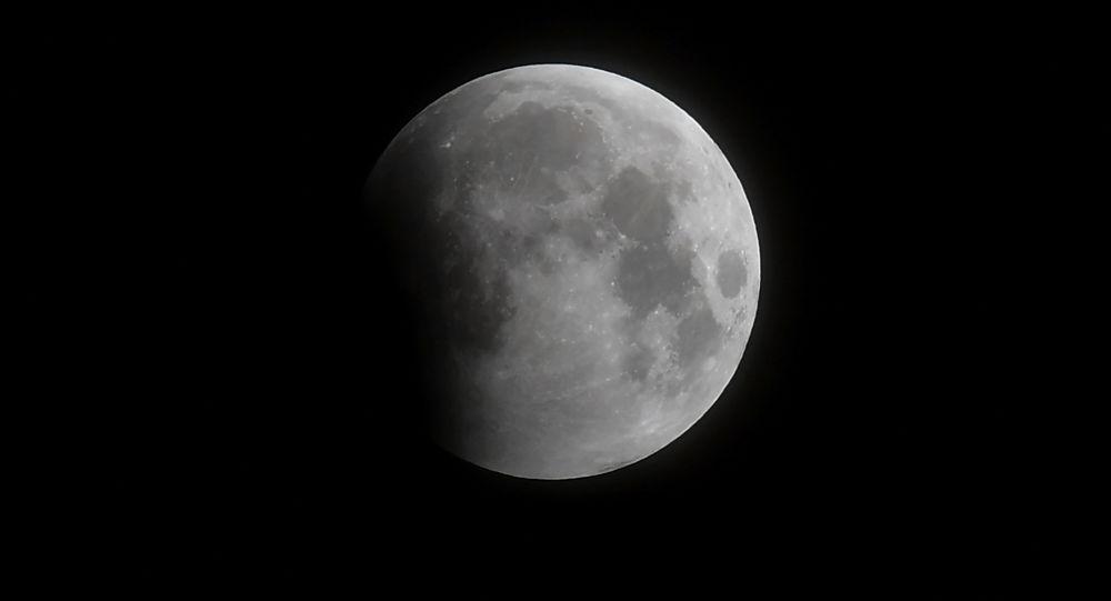 加拿大计划在2026年前将月球车送上月球