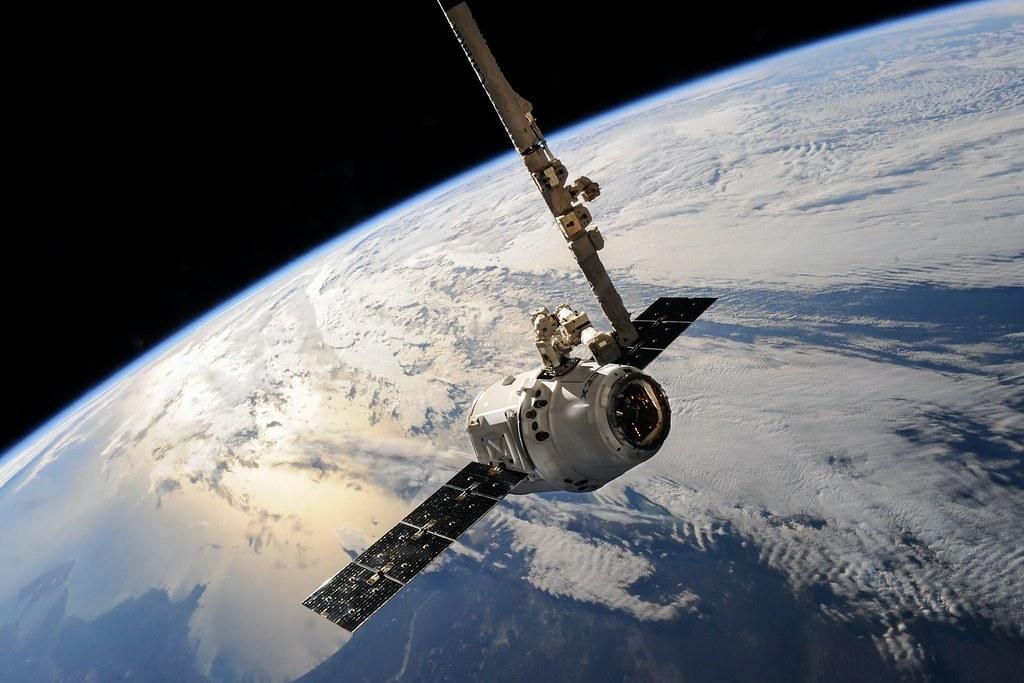 人类排放的大量温室气体使地球平流层变薄 可能影响卫星和GPS运作
