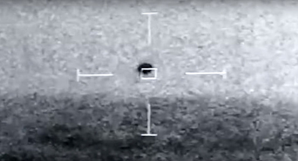 9个不明飞行物UFO以时速257公里的速度将美国军舰奥马哈号包围