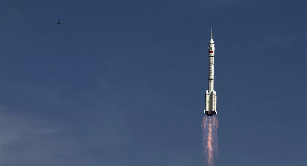 中国神舟十二号载人飞船发射任务取得圆满成功