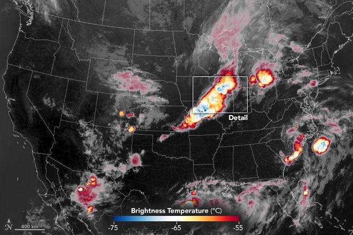 强烈的雷暴会将卷云卷入平流层 这是龙卷风、大冰雹或破坏性大风可能即将到来的信号