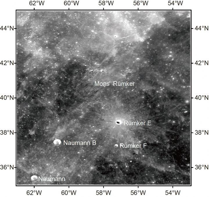 吕姆克地区的克莱门汀 750nm光学影像