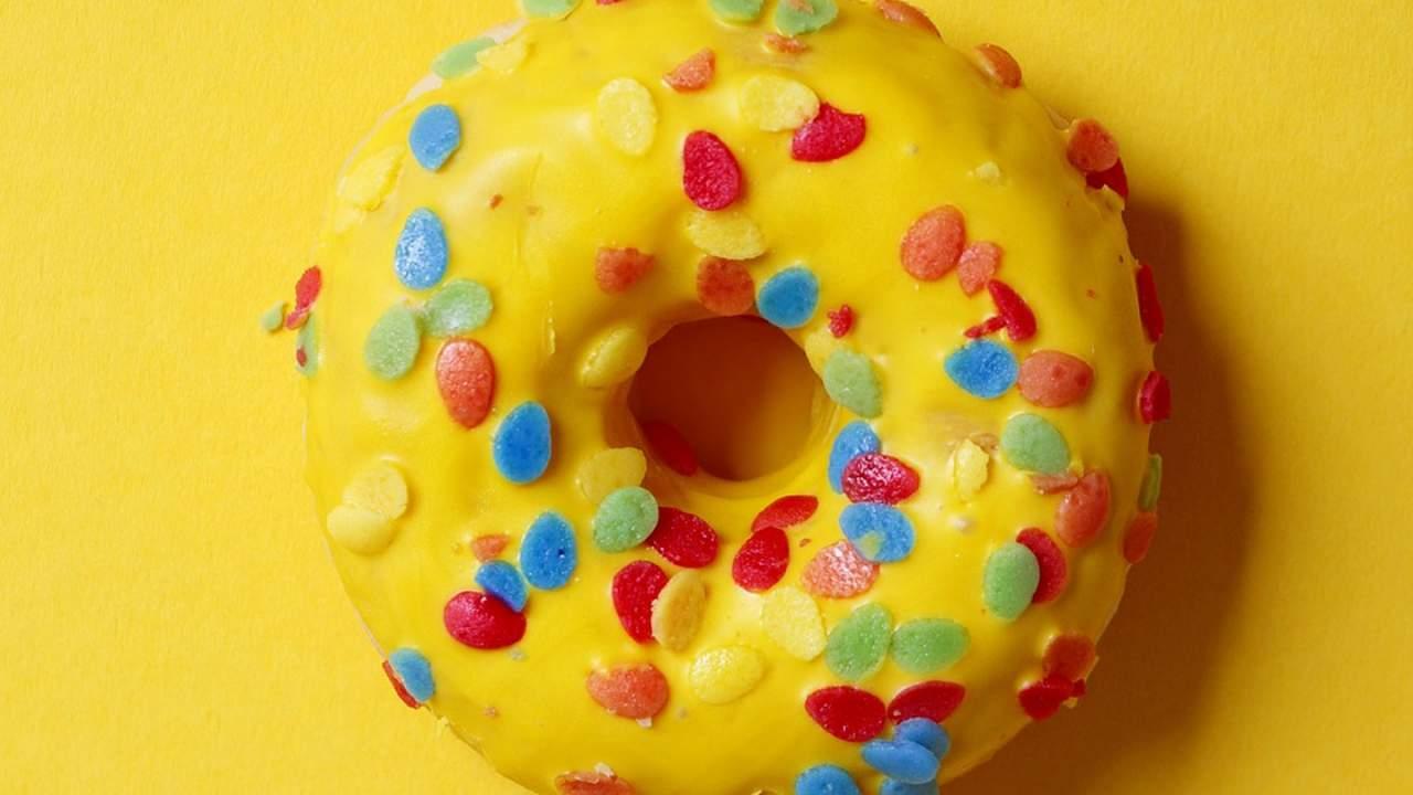 里昂大学天体物理学家认为宇宙的形状可能像一个巨大的3D甜甜圈