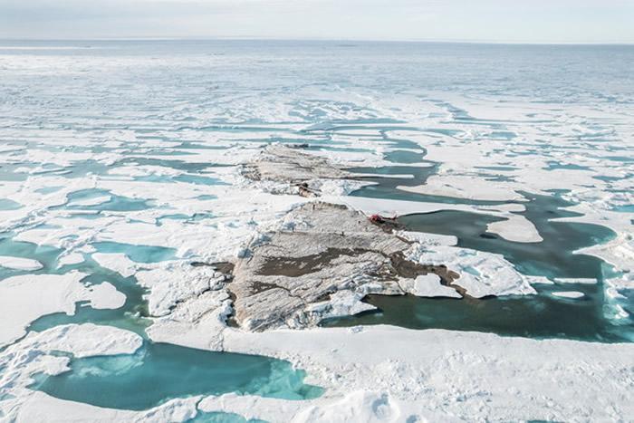 科学家意外在格陵兰北岸发现世界最北端人类从未踏足过的全新岛屿