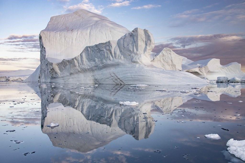 研究发现格陵兰岛和南极洲等地冰河和陆地冰层融化导致地壳轻微变形