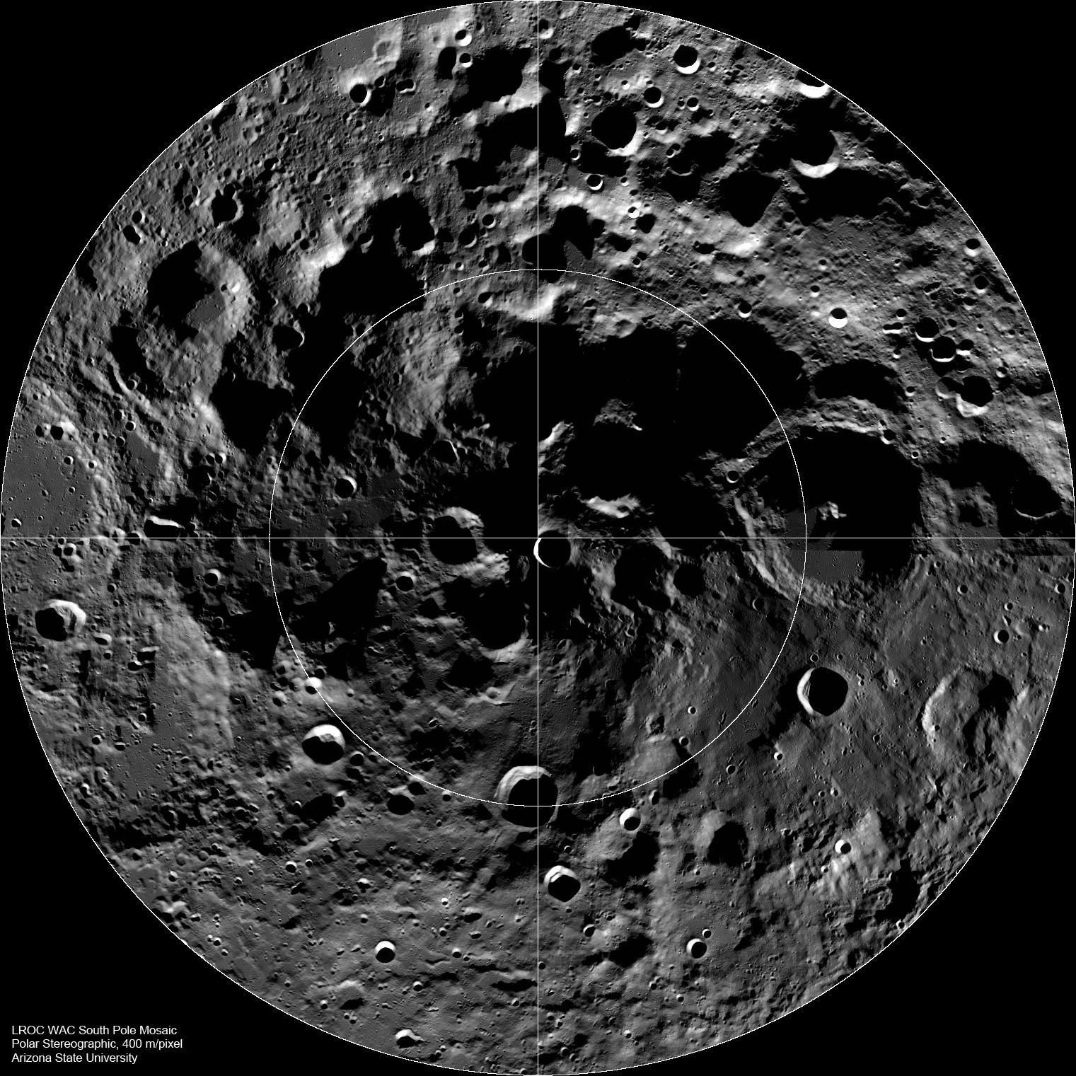国际天文学联合会(IAU)以北极探险家马修·汉森的名字命名月球南极一个环形山